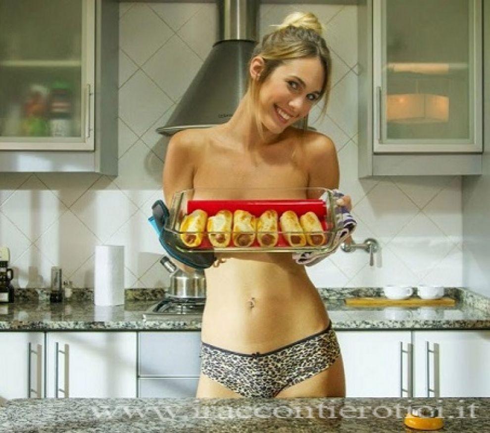 Sesso mentre cucina